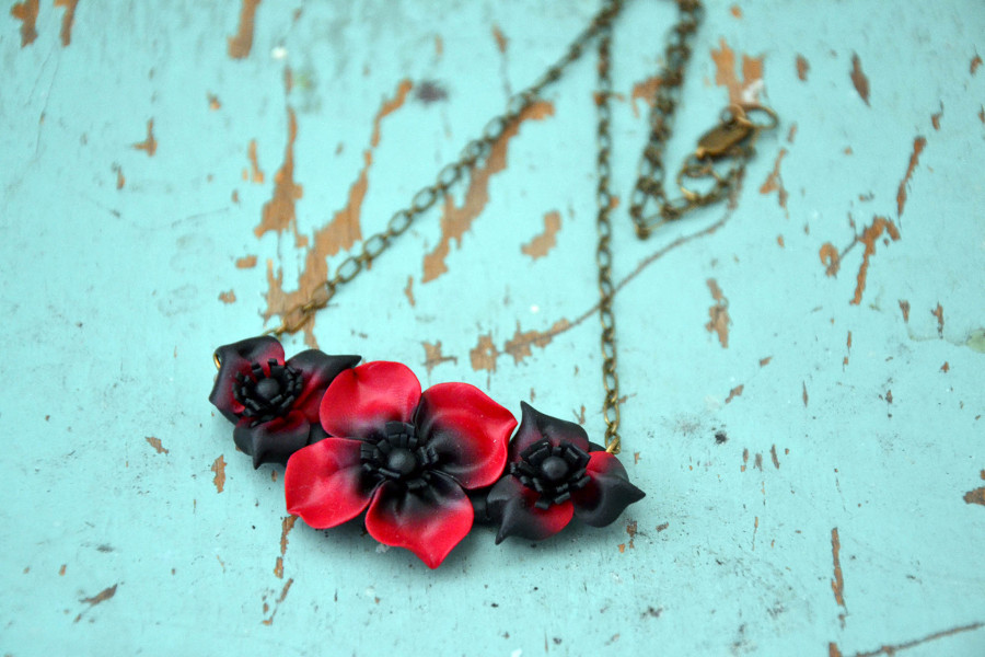 Poppy flower polymer clay necklace 1