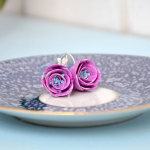 Flower earrings in summery bright colors